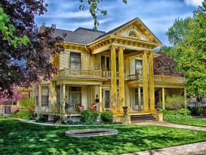 a magnificent house